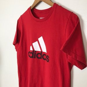 ADIDAS The Go To Tee Red Badge Short Sleeve Shirt